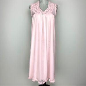 Vintage pink ruffle baby doll nightgown lingerie
